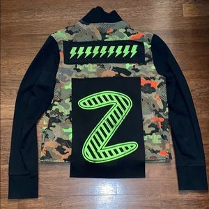 New Zumba Fitness Camo Long Sleeve Zip Up Jacket M